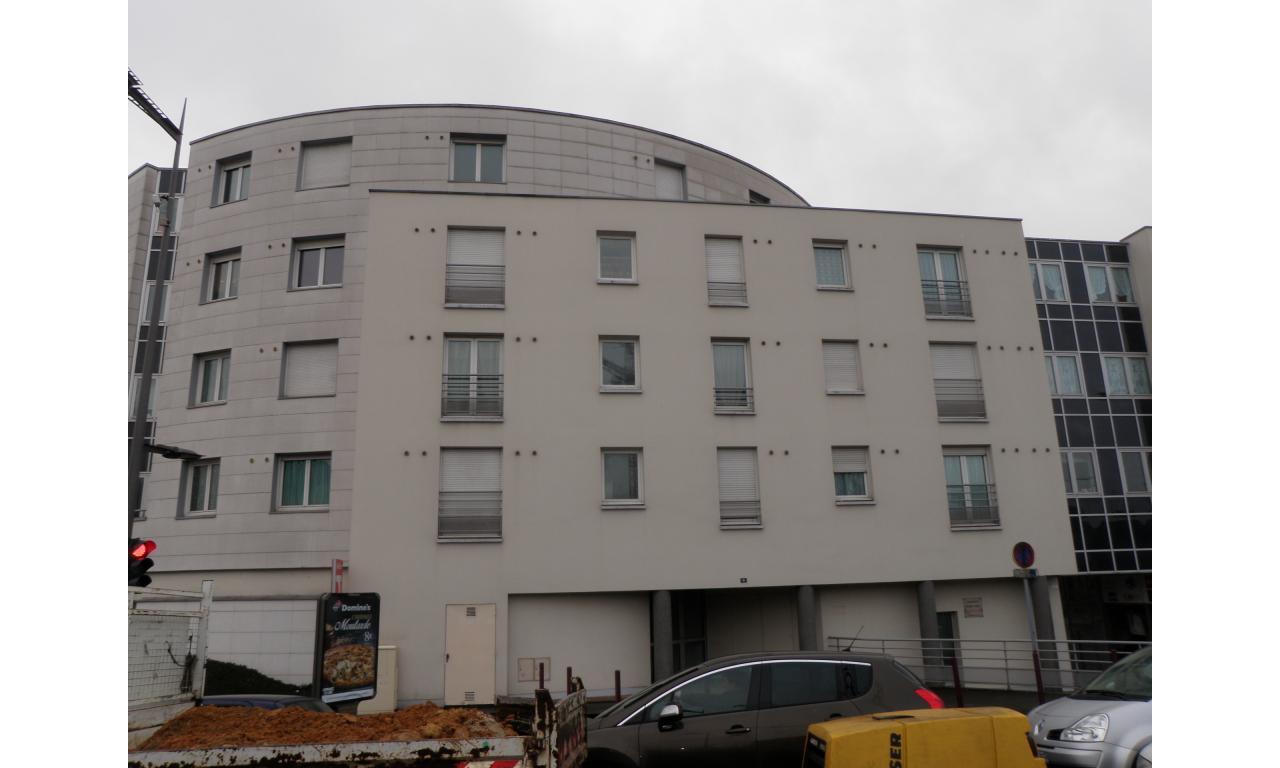 Beauvais id al investisseur centre ville opac de l 39 oise - Garage de la piscine beauvais ...