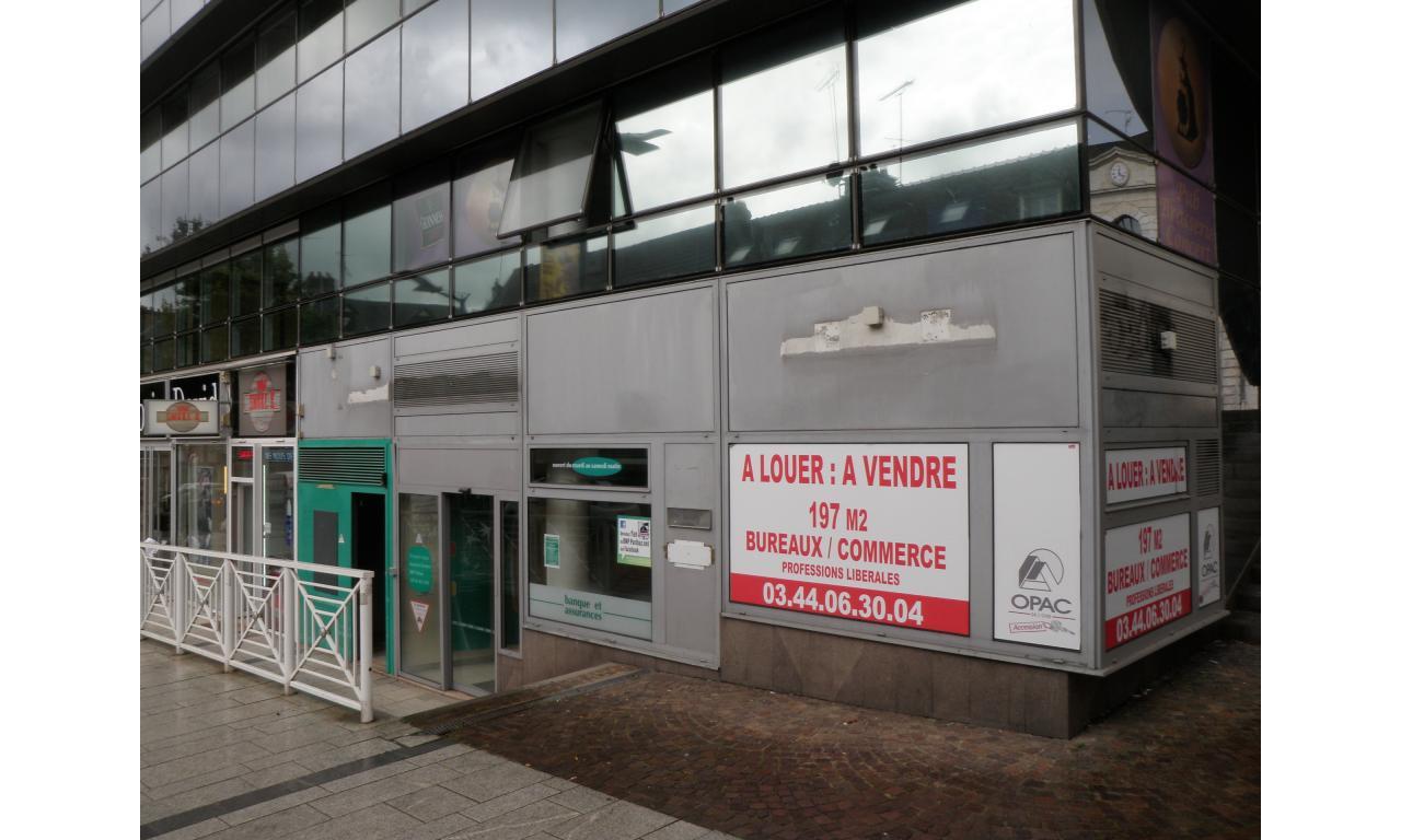 Local commercial ou bureaux centre ville opac de l 39 oise for Garage du centre beauvais